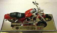 MAISTO 1:18 HARLEY MOTOCICLETA DAVIDSON 2009 FXDFSE CVO FAT BOB ARTE 34360