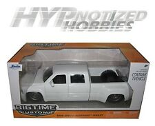 JADA 1:24 CHEVY 1999 SILVERADO DUALLY DIE-CAST WHITE 90145