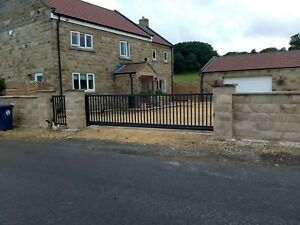 Farm Gate, Sliding Cantilever Driveway Gates   MADE IN UK