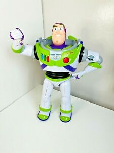Toy Story Buzz Lightyear Action Figure Arm Head Movement Thinkway Toys