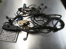 8883 E4D 08-10 FORD FOCUS 1.6 PETROL ECU ENGINE CONTROL UNIT WITH WIRING LOOM