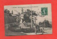 Poitiers - Boulevard Solferino und das Denkmal des Kolonialen (J7069)
