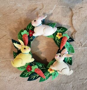 """Handmade 5.5"""" Easter CANDLE RING 3 Wool Bunny Rabbits Carrots Leaves Ornament"""