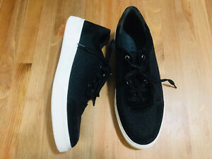 Vince low top lace up suede/wool men's sneaker shoes black/gray NWOB size 10.5