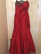 Red Beaded Prom Pageant Elegant Gown Size 8 (or Small 10)