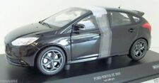 MINICHAMPS 1/18 - 110 082000 FORD FOCUS ST 2011 BLACK METALLIC