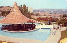 1979 HOTEL EL TAPATIO La Fuente de Sodas en medio de la Alberca GUADALAJARA MEX.