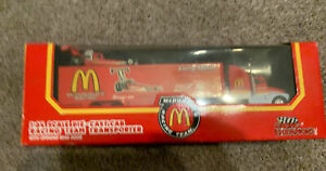 Racing Champions McDONALDS 1:64 Larry Minor Transporter & Dragster