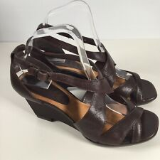 Clarks Womens Wedge Sandals Strappy Size 6 Brown Leather Nice Condition Summer
