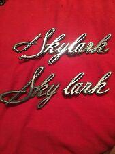 1967 Buick Skylark fender Emblems broken