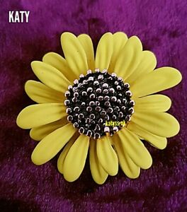 Vintage Style Yellow Sunflower Daisy Flower Brooch Pin Badge Broach Gift