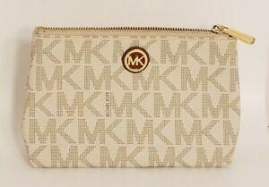 """Michael Kors Women's Clutch Wallet: Small with Zipper 8"""" x 5"""" x 2"""""""