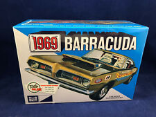 MPC 1969 Barracuda 1:25 Scale Plastic Model Kit 832 New in Box Ships Free