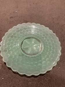 BAGLEY Uranium Green  DEPRESSION GLASS FISH SCALES PLATE
