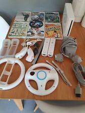 Nintendo Wii Console Bundle ~ White with controllers, Mario Kart and much more