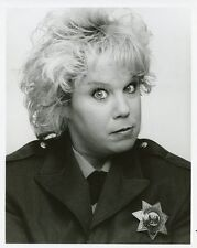 DENNY DILLON PRISON GUARD PORTRAIT WOMEN IN PRISON ORIGINAL 1987 FOX TV PHOTO