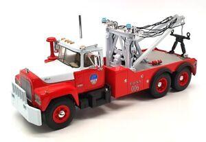 First Gear 1/34 Scale Diecast 19-2872 - Mack R-Model Tow Truck - F.D.N.Y.