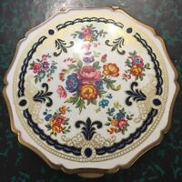 Vintage Stratton Compact Powder With Puff England ca.1950-60 Floral Design Lid