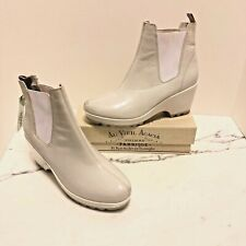 NWT Rockport white rain boots Agion hydro-shield waterproof heels sz 7.5