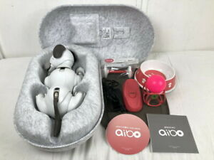 SONY AIBO ERS-1000 pet entertainment robot dog japan first