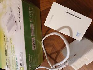 TP-LINK 300Mbps AV500 Wi-Fi Powerline Extender Starter Kit
