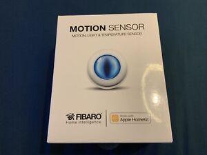 FIBARO - Apple HomeKit Compatible MOTION SENSOR, FGBHMS-001