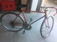 Vintage 1974 Schwinn Varsity red color bike nice condition  LOCAL PICKUP ONLY
