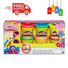 Play-Doh Sparkle Compound Variety Pack inc Cutters & 6 Tubs Of Dough Kids Toys