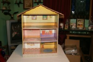 Vintage 5 Room --  Unknown Maker  DOLL PLAY HOUSE --CARDBOARD