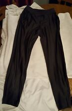 Lululemon Women's TIghts size 4  black with gray GUC