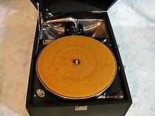Vintage Victor Victrola VV-35 Portable Phonograph