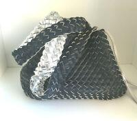 Wendetasche Leder Optik geflochtene Schultertasche Tagesbegleiter Blau Silber
