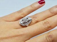 Bague ancienne Art Deco en Or blanc 18 carats Diamants 0.80 carat 5 grammes