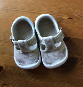 Clarks Girls Baby Infant Girls Doodles Shoes Size 2.5 F