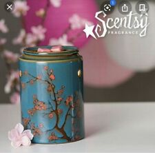 """Scentsy """"Cherry Tree"""" Wax Warmer. Turquise ** NEW ** Retired"""