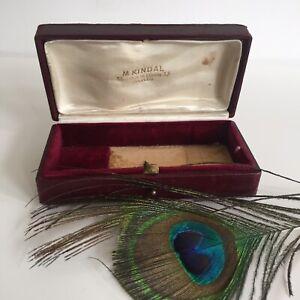 Boîte écrin de la marque KINDAL PARIS Opéra Coutellerie en cuir