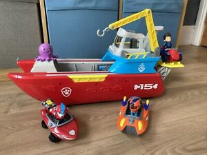 Paw Patrol Sea Patroller Set With Figures, Vehicle And Accessories