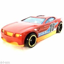 Hot Wheels TORQUE SCREW 18 Red/Orange Multi Pack Design Colucci V8100 loose 2015