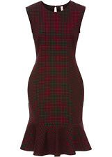 Bezauberndes Jaquard-Kleid mit Volant  Gr.36/38