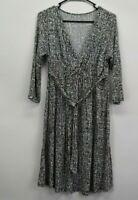 Liz Lange Maternity Womens Medium 3/4 Sleeve Surplice Neckline Rayon Blend Dress