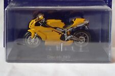 MOTO DUCATI 749 série les grandes motos à collectionner  ALTAYA / IXO