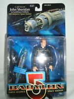 Babylon 5 Captain John Sheridan Exclusive Premiere Figure w/ Space Station