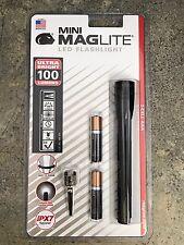 New Mini Maglite LED AAA Flashlight  Black SP32016 100 Lumens