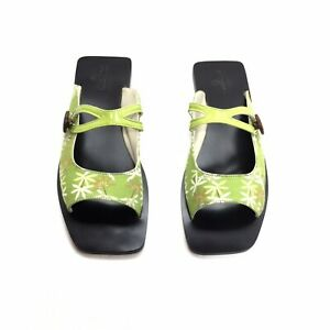 Charmone Vegan Green Floral Silk Flat Sandals Size 7