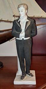 PANTELEIMON NORTSOV Opera baritone LOMONOSOV STATE PORCELAIN statue