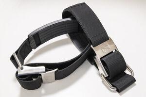 Pair of Dive Rite Adjustable Nylon Cam Bands