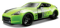 NISSAN 370Z 1:24 Scale Diecast Model Toy Car Metal Miniature Green