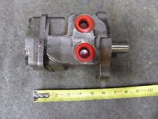 New White Hydraulic Motor P/N RS03030100