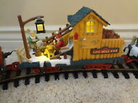 New Bright Holiday Express LOG MILL CAR Animated Christmas train wood 384 387