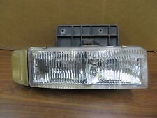 CHEVY ASTROVAN ASTRO VAN GMC SAFARI 95-05 HEADLIGHT PASSENGER RH w/ CORNER LIGHT